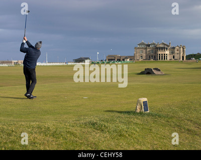 Tés de golfeur sur le 18ème trou du Old Course à St Andrews