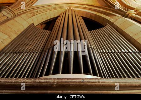 Les tuyaux d'orgue de la cathédrale de Southwark. William Shakespeare est soupçonné d'avoir été présent lorsque Banque D'Images