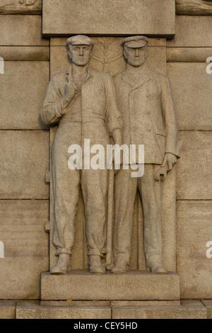 Détail de la Titanic monument, Liverpool Banque D'Images