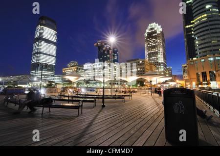 Jetée à Exchange Place à Jersey City, New Jersey, USA. Banque D'Images