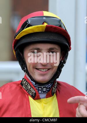 DURAN FENTIMAN BEVERLEY HIPPODROME JOCKEY BEVERLEY ANGLETERRE 17 Juillet 2012 Banque D'Images