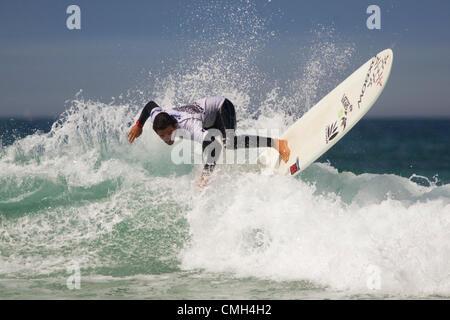 Surfer en compétition 2012 Boardmasters implacable