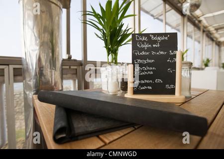 Menu sur un tableau à l'un navire restaurant Banque D'Images