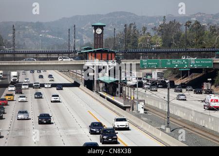 PASADENA, CA - le 10 avril 2012 - Vue de la station de métro Ligne d'or à Pasadena, CA le 10 avril 2012. Banque D'Images