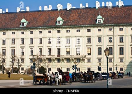 L'Autriche, Vienne, le centre historique classé au Patrimoine Mondial par l'UNESCO, la Hofburg, Heldenplatz, la Banque D'Images