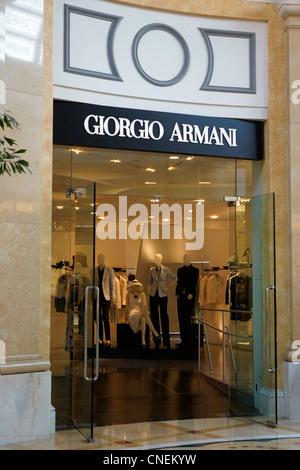 Giorgio Armani mode vêtements de marque logo illustration Banque D ... 5138047a9716