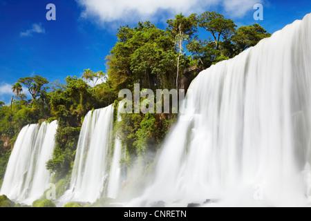 Iguassu Falls, vue de côté Argentin Banque D'Images