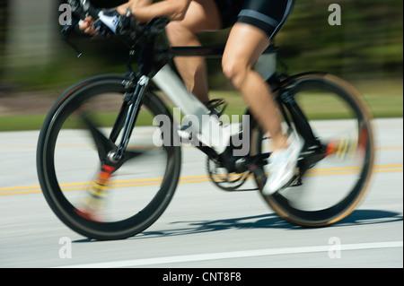 Équitation femme vélo de route, low section