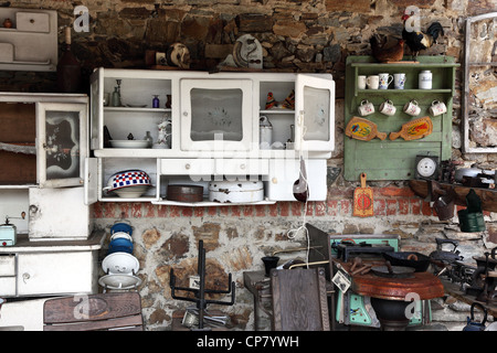 Vieille Cuisine Avec Ustensiles Antiques Banque D Images Photo