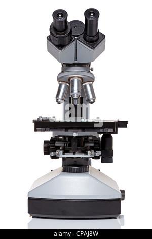 Photo d'un professional ocular laboratory microscope stéréo avec oeilleton isolé sur un fond blanc. Banque D'Images