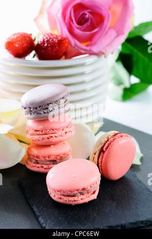 Macarons en forme pour la Saint-Valentin ou la fête des mères Banque D'Images