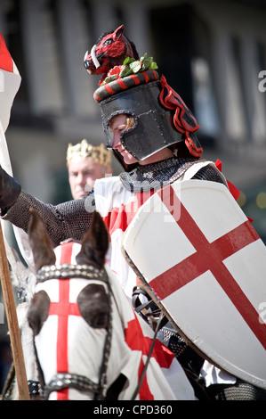 Célébrations du Jour de la Saint George's en 2010, Londres, Angleterre, Royaume-Uni, Europe Banque D'Images