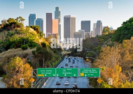 Pasadena freeway (ca) la route 110 menant au centre-ville de Los Angeles, Californie, États-Unis d'Amérique, Amérique Banque D'Images
