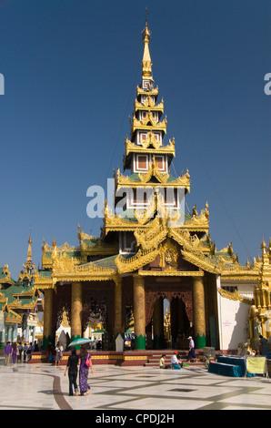 La Pagode Shwedagon à Yangon (Rangoon), le Myanmar (Birmanie), l'Asie Banque D'Images
