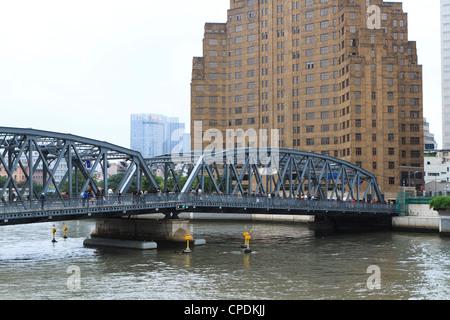 Waibaidu Bridge (Pont de jardin) sur Suzhou Creek, le premier pont en acier en Chine, construit 1908, Shanghai, Banque D'Images