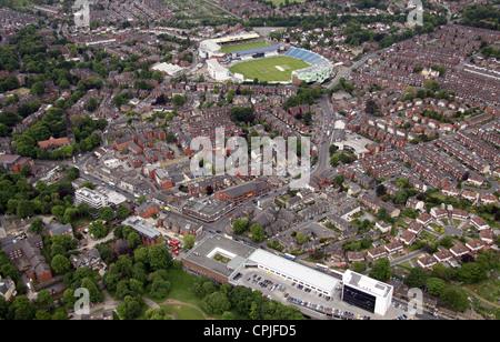 Vue aérienne de l'Headingley de Otley Road à l'ouest vers le terrain de cricket Banque D'Images