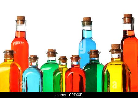 Bouteilles en verre coloré Banque D'Images