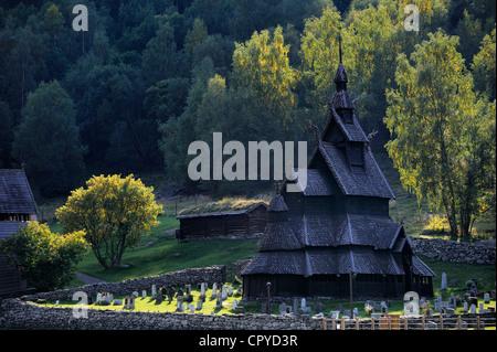 La Norvège, dans le comté de Sogn og Fjordane, Borgund eglise douves de bois appelé stavkirker ou stavkirke construit en 1130