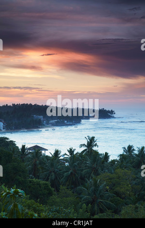 Unawatuna beach à l'aube, Province du Sud, Sri Lanka Banque D'Images
