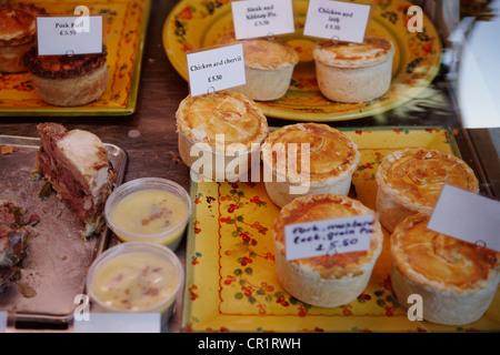 Des pâtisseries et tartes pour vente Banque D'Images