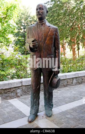 Statue d'Italo Svevo, Hector Aron Schmitz ou Ettore Schmitz, 1861-1928, écrivain italien, Trieste, Italie, Europe