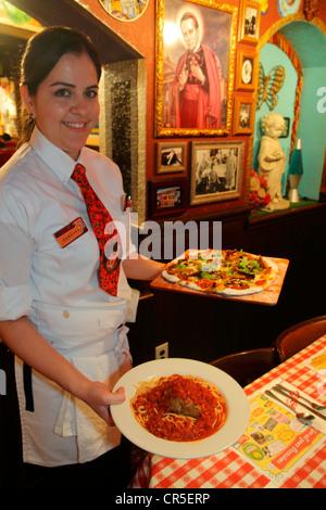 Fort Lauderdale Ft. Plantation Florida Restaurant Italien Buca di Beppo atmosphère décoration intérieure photos Banque D'Images