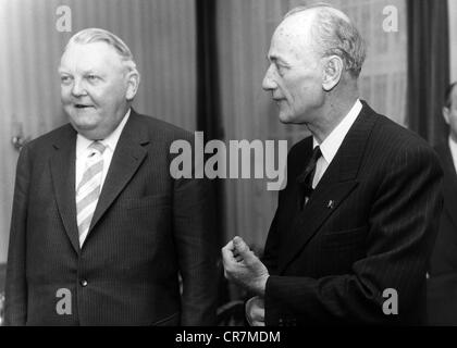 Kanellopoulos, Panagiotis, 13.12.1902 - 11.9.1986, politicien grec (ERE), vice-premier ministre 1958 - 1961, visite en Allemagne de l'Ouest, avec le ministre fédéral de l'économie Ludwig Erhard, Bonn, 11.1.1960,