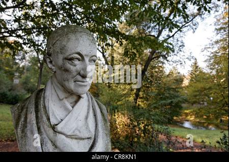 Wieland-buste sur le domaine du château de Schloss Tiefurt château, Weimar, Thuringe, Allemagne, Europe Banque D'Images