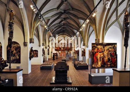 Hall de l'art religieux médiéval, musée national bavarois, Prinzregentenstrasse 3, Munich, Bavaria, Germany, Europe Banque D'Images