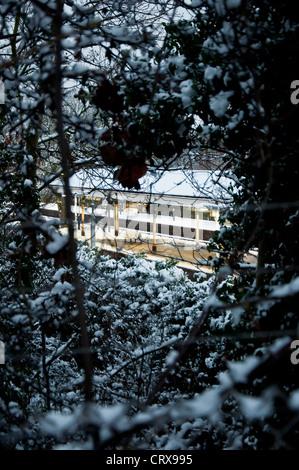 Barnes station dans la neige, Londres Banque D'Images