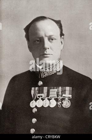Sir Winston Churchill, 1874 - 1965. Homme politique britannique et homme d'État. Ici vu en uniforme pendant la Première Banque D'Images