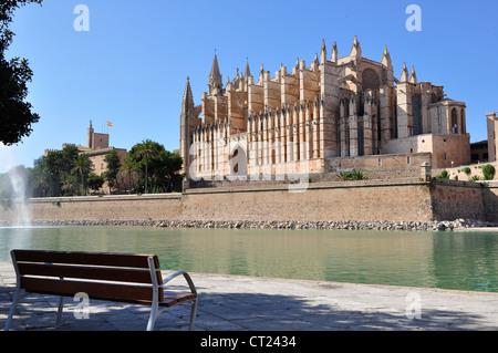 Vue sur le Seu, la cathédrale de Palma de Mallorca, Espagne Banque D'Images