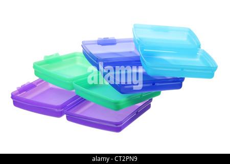 les contenants en plastique sur fond blanc banque d 39 images photo stock 167830529 alamy. Black Bedroom Furniture Sets. Home Design Ideas