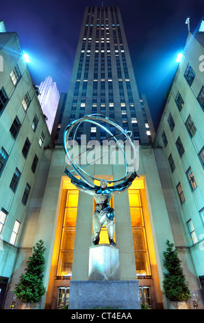 Statue d'Atlas du Rockefeller Center à New York. Banque D'Images