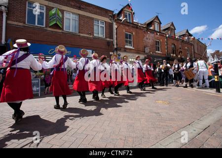 Morris Dancers à la Warwick Folk Festival Banque D'Images