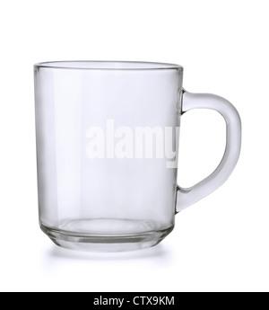 Plateau en verre vide mug isolated on white Banque D'Images