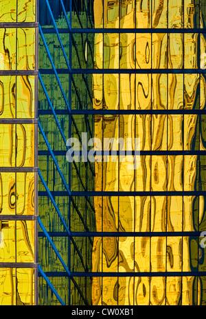 Vue rapprochée de la fenêtre réflexions d'office building Las Vegas Nevada Banque D'Images