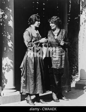 Alice Paul (1885-1977) et Emmeline Pethick-Lawrence (1867-1954) des militants américains et britanniques pour le suffrage des femmes et l'égalité