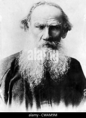 Léon Tolstoï (1828-1910), écrivain russe, vers le début des années 1900. Avec la permission de: Archives CSU/Everett Banque D'Images