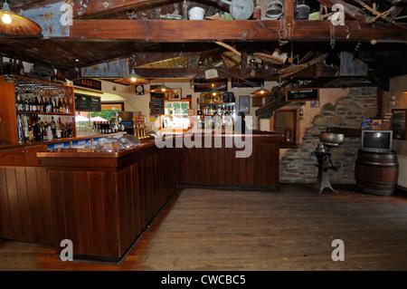 Le bar de l'hôtel Cardrona est un hôtel historique de Cardrona situé dans la plage de la Couronne les montagnes, Banque D'Images