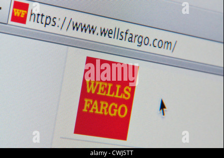 Close up de la Wells Fargo logo tel que vu sur son site web. (Usage éditorial uniquement : -Print, télévision, e Banque D'Images