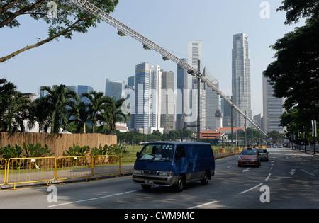 L'éclairage en place pour la piste F1 de Singapour, la course de rue, le centre de Padang, Singapour Banque D'Images