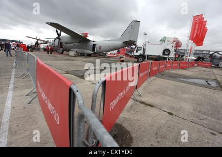 L'agence ITAR-TASS: PARIS, FRANCE. Le 21 juin 2011. C-27J Spartan aéronefs en exposition à la 2011 International Banque D'Images