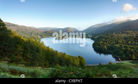 Voir plus de Grasmere dans le Lake District, England, UK au lever du soleil