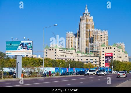 Triomphe de l'Astana, un 480-vacances housing estate, Astana, Kazakhstan, en Asie centrale, Asie Banque D'Images