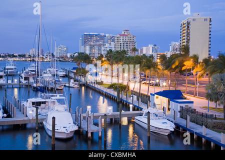 Intercoastal Waterway, Fort Lauderdale, comté de Broward, Floride, États-Unis d'Amérique, Amérique du Nord Banque D'Images