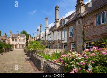 Le vicaire près, datant du 14e siècle, la plus ancienne rue résidentielle purement en Europe, Wells, Somerset, Angleterre