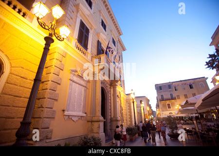 La ville de La Maddalena, îles de la Maddalena, en Sardaigne, Italie, Europe Banque D'Images