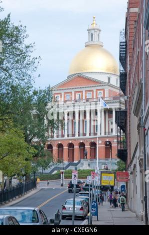 Park Street à Boston avec le Massachusetts State House à l'arrière-plan.