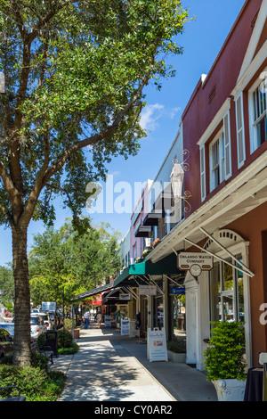 Boutiques sur Park Avenue (la rue principale) au centre-ville de Winter Park, Central Florida, USA Banque D'Images